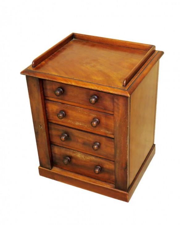 Miniatur Wellington Kommode aus dem 19. Jahrhundert19th century mahogany miniature wellington chest