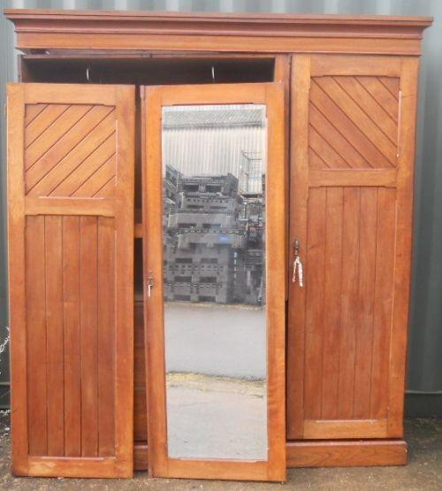 Viktorianischer Mahagoni Kleiderschrank 3 Türen