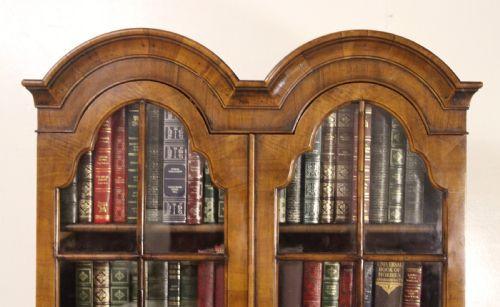 Nussbaum Sekretär und Bücherregal  1900  Original