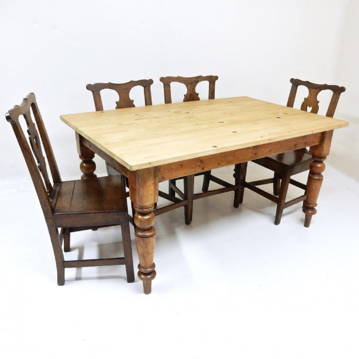 Edler antiker Küchentisch Kiefer Pine Esstisch  aus dem