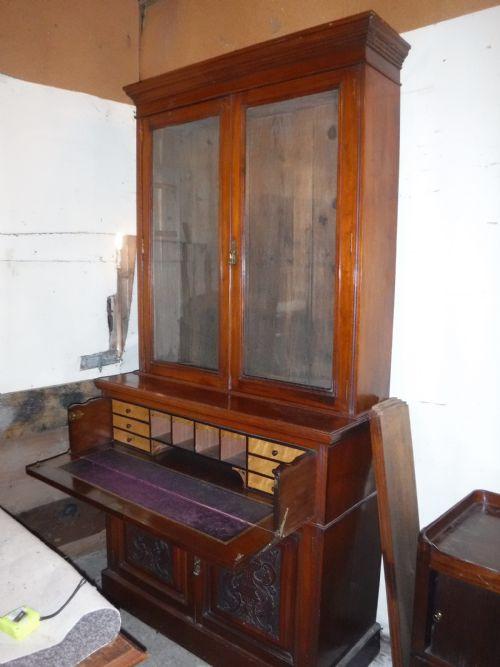 Spätviktorianischer 1880 Nussbaum Sekretär Bücherschrank