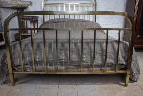 Schlichtes original französisches Messing Doppelbett  1920