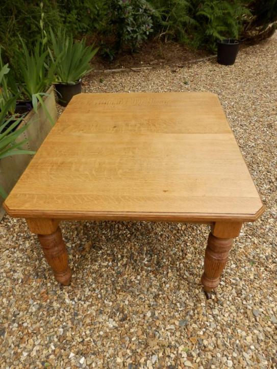 Antiker Original Englischer Edwardianischer Esstisch aus Eiche ausziehbar von ca. 1900