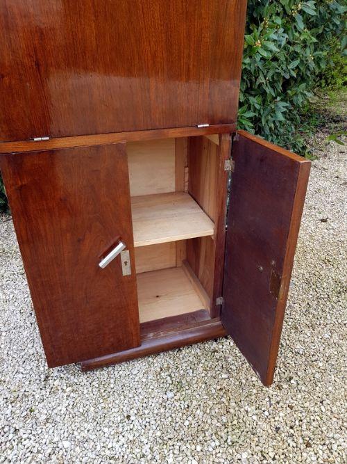 Antikes original französisches Nussbaum Sideboard Cocktailschrank 1930