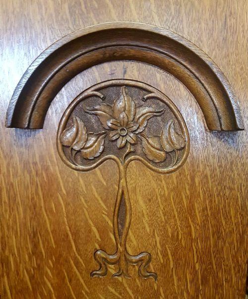 Original antiker englischer Art Nouveau Kleiderschrank Eiche 1900