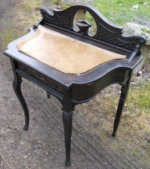 Origineller Englischer Viktorianischer Antiker ebonisierter Damenschreibtisch ca. 1880