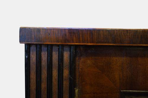 Herrliches Antikes Englisches Regency Mahagoni Sideboard ca. 1805