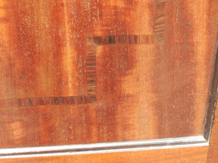 Faszinierender georgianischer antiker Mahagoni Linen Press Kleiderschrank 18. Jh