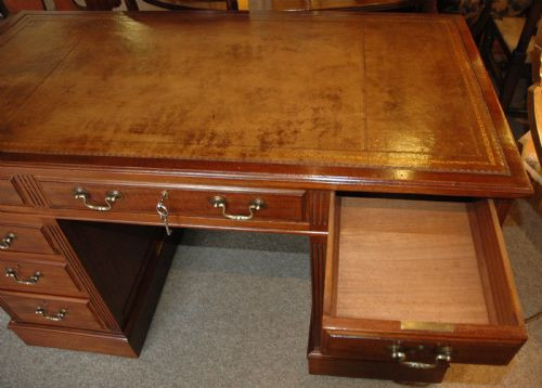 Englischer Mahagoni Massivholz Schreibtisch antik 19 Jh