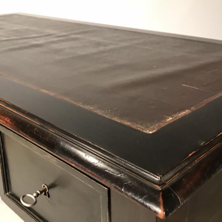 Französischer Antiker Schwarz lackierter Schreibtisch ca. 1900