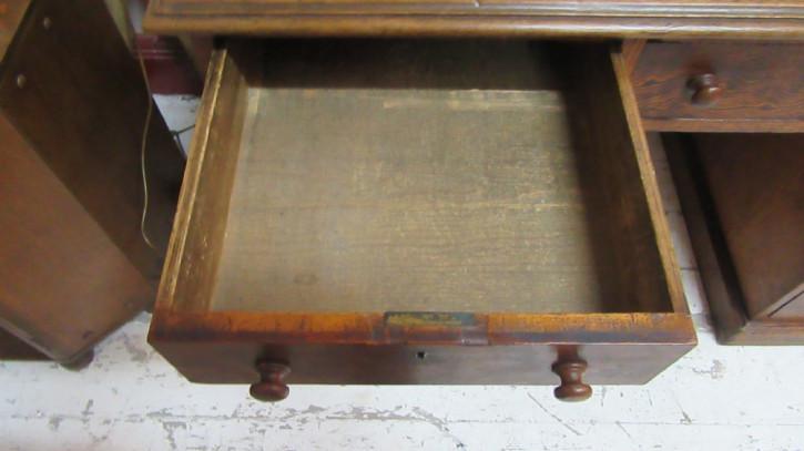 Viktorianischer Antiker Englischer Kiefern Schreibtisch ca. 1860