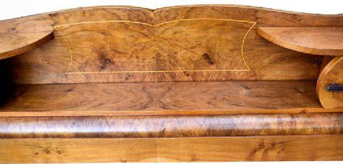 Englisches Antikes Art Deco Nussbaum Bett Kopfteill ca. 1930
