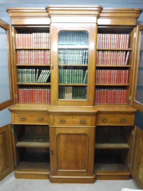 Viktorianisches Englisches Antikes Mahagoni Breakfront Bücherregal ca. 1880