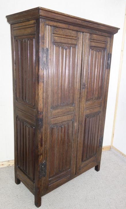 Englischer Antiker dunkler Eichen Kleiderschrank ca. 1910