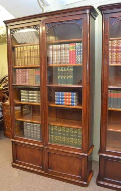 Viktorianisches Antikes Englisches ähnliches Paar Mahagoni Bücherregale ca. 1870