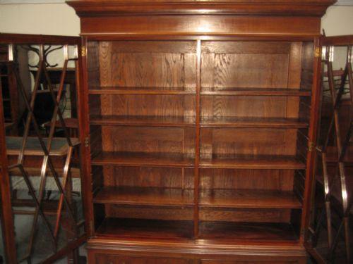 Antikes Englisches Mahagoni verglastes Bücherregal ca. 1910