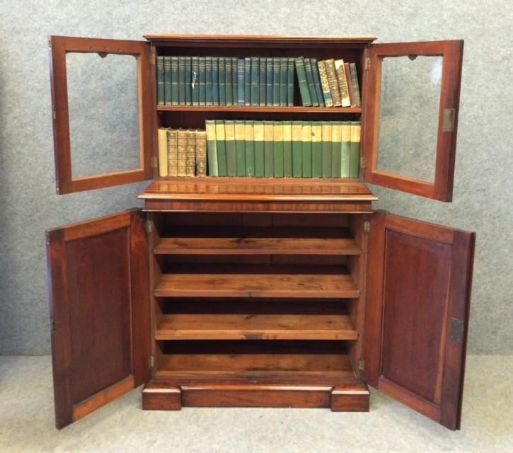 Viktorianisches Englisches Antikes Mahagoni Bücherregal ca. 1870