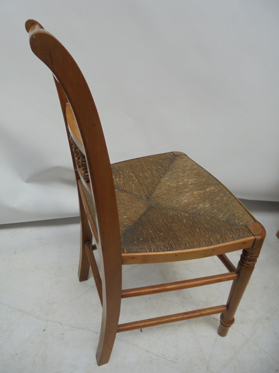 8 Antike Englische Obstbaumholz Stühle ca. 1880