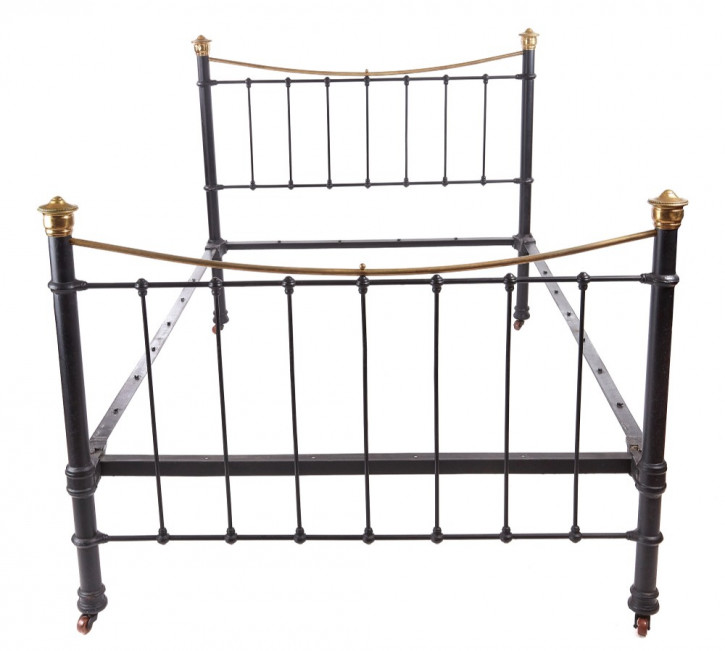 Viktorianisches Antikes Englisches Eisen Messing Bett ca. 1860