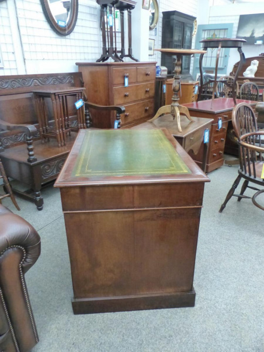 Britischer Mahagoni Schreibtisch original antik 19. Jh