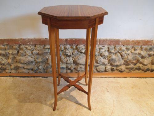 Edwardianischer antiker Beistelltisch Satinholz englisch ca 1900