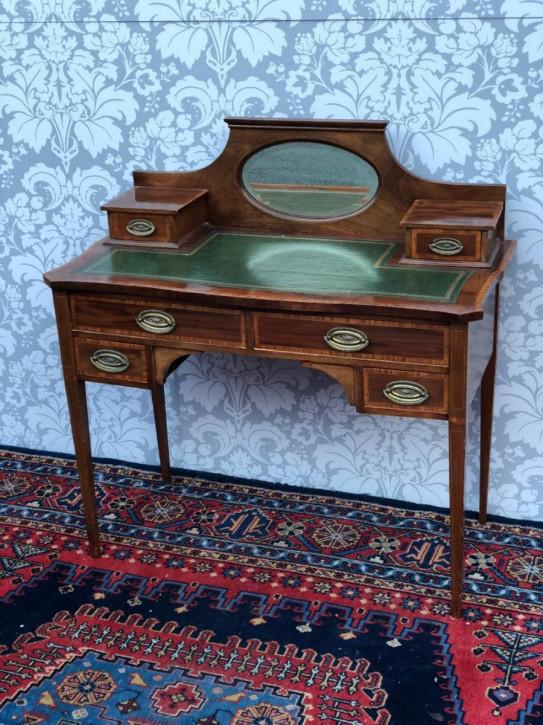 Viktorianischer Mahagoni Schreibtisch Damenschreibtisch antik ca 1850