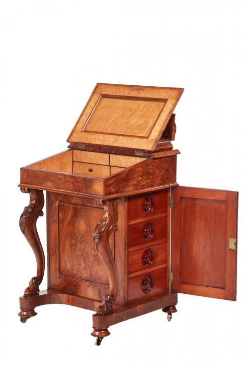 Viktorianischer britischer Davenport Schreibtisch Nussbaum antik ca 1850