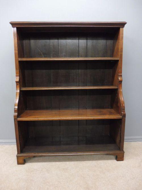 Antikes viktorianisches Bücherschrank Nussbaum englisch ca 1850