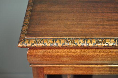 Antiker britischer Mahagoni Bücherschrank Vitrine ca 1920