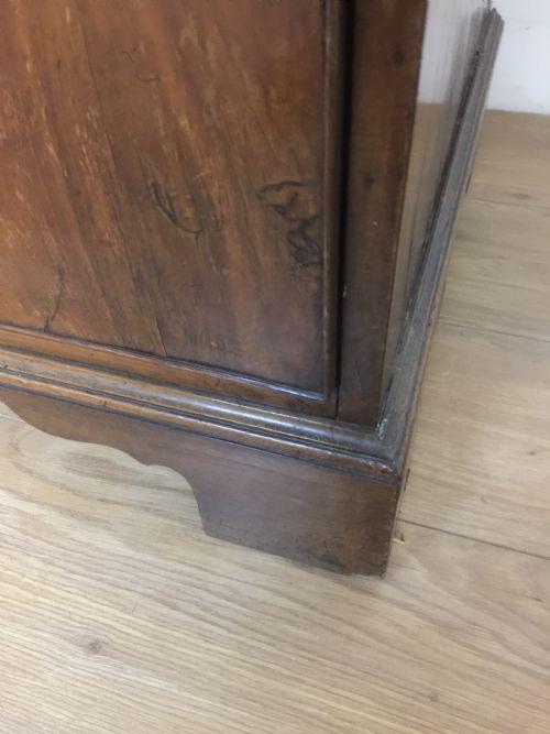 Antike original britische Kommode Nussbaum 18. Jh