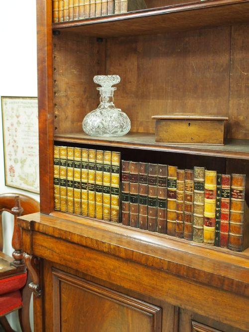 Viktorianischer antiker Mahagoni Bücherschrank ca 1860