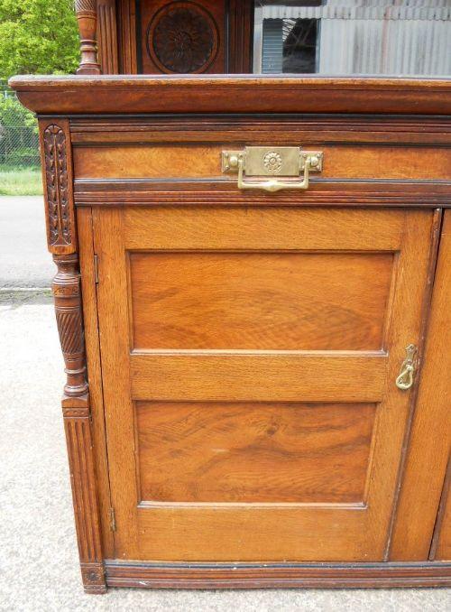 Antikes Art Nouveau Nussbaum Sideboard britisch ca 1890
