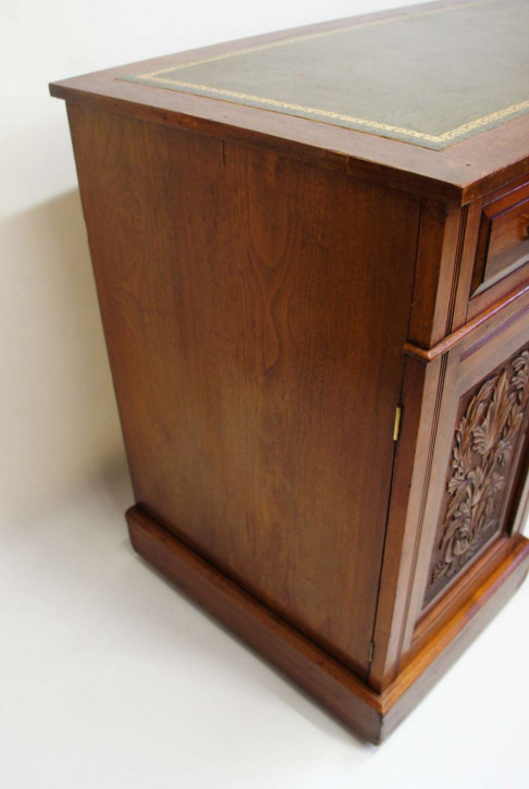 Edwardianischer britischer Mahagoni Schreibtisch antik ca 1890