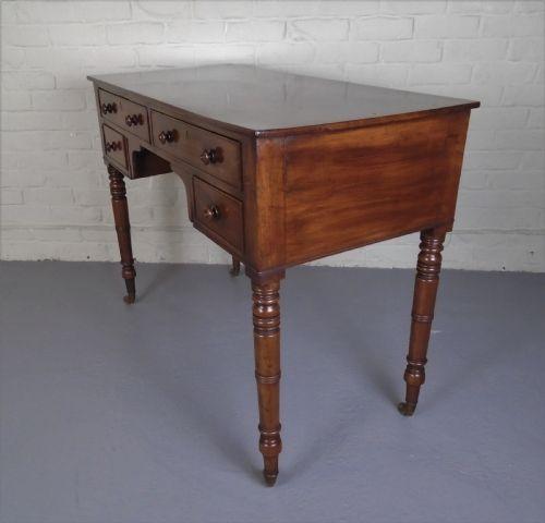 Antiker britischer Regency Mahagoni Schreibtisch ca 1810