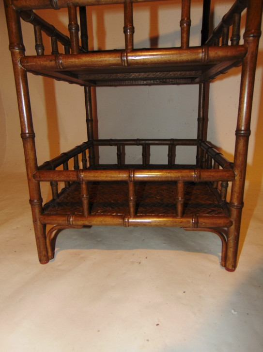 Edwardianisches britisches Bambus Regal Etagere antik ca 1920