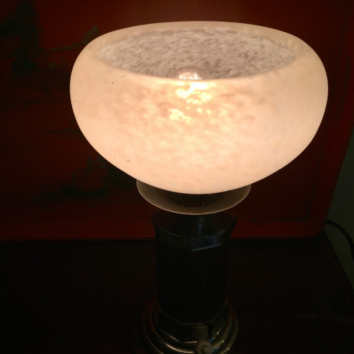 Britische Art Deco Tischlampe Makassarholz Chrom antik ca 1930