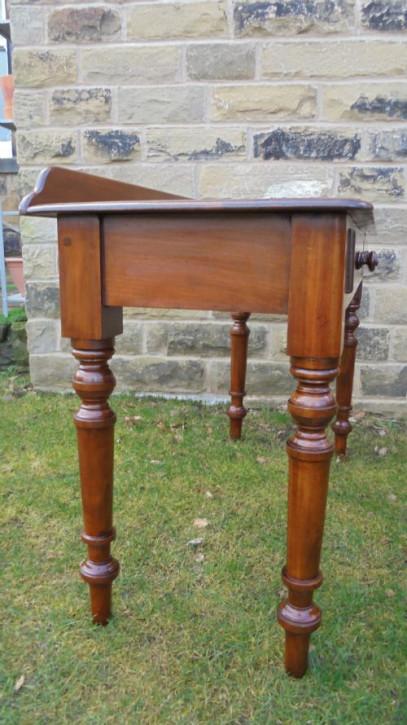 Viktorianischer britischer Mahagoni Beistelltisch antik ca 1860