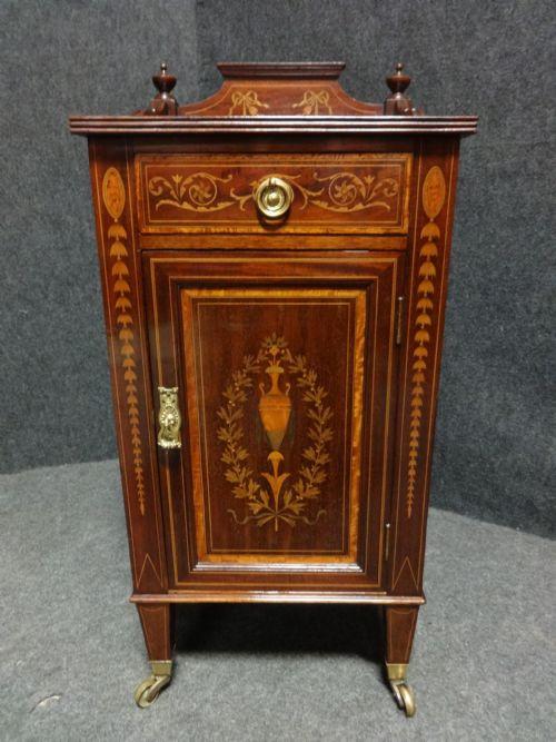 Antiker britischer Mahagoni Schrank Sideboard ca 1900