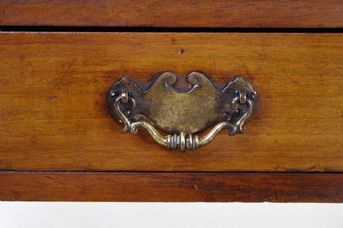 Viktorianischer Antiker Englischer Mahagoni Kleintisch ca. 1900