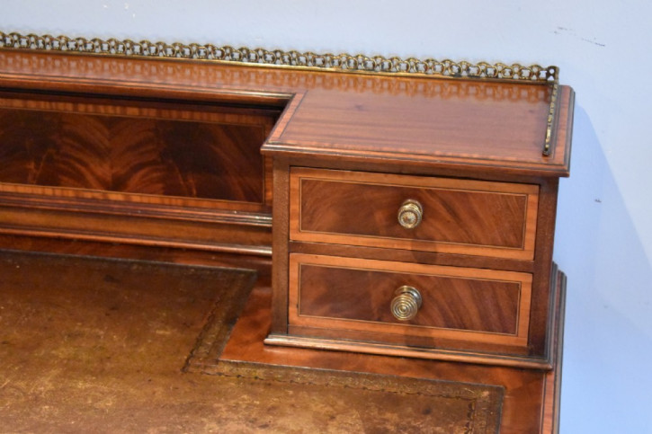 Edwardianischer antiker Mahagoni Schreibtisch ca 1900