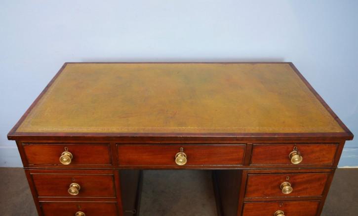 Antiker britischer Mahagoni Schreibtisch Regency ca 1820