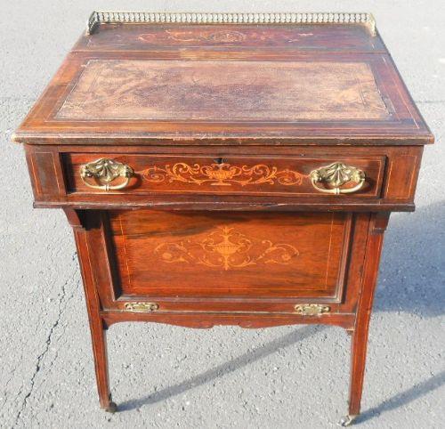 Edwardianischer Englischer Nussbaum Davenport Schreibtisch antik ca. 1890