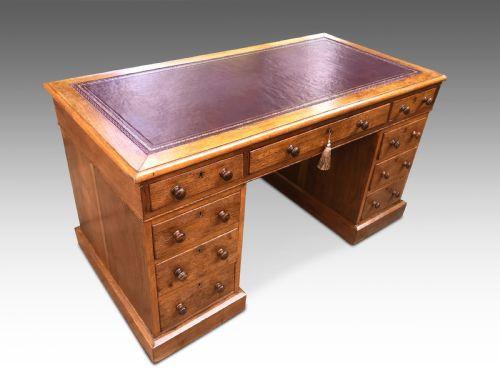 Viktorianischer Englischer Antiker Eiche Schreibtisch ca. 1860