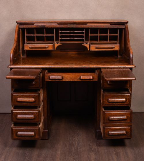 Georgianischer Englischer Antiker Eiche Schreibtisch mit Jalousie ca. 1750