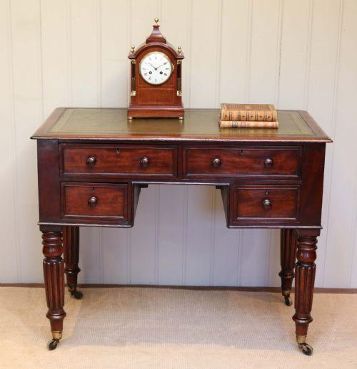 Antiker original britischer Mahagoni Schreibtisch ca 1880