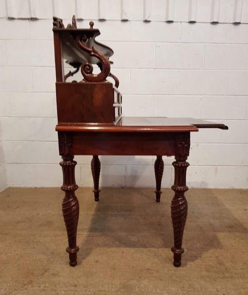 Antiker britischer Mahagoni Schreibtisch ca 1830