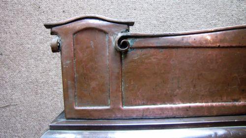 Antikes Kunsthandwerk Kotflügel aus Kupfer antik ca. 1910