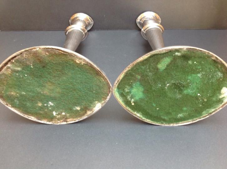 Antikes englisches Paar Sheffield versilberter Teller Kerzenleuchter / Plate Candlesticks, ca 1790