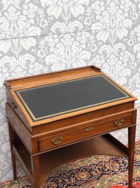 Antiker georgianischer Schreibtisch aus Mahagoni, ca 18. Jahrhundert