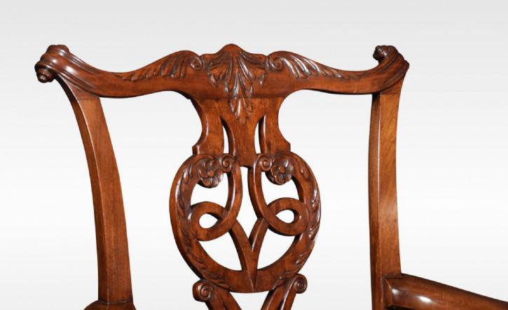 Set aus 8 antiken Chippendale Esszimmerstühlen, aus Mahagoniholz, Massivholz